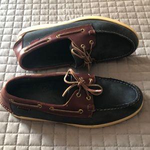 ⛵️ Sebago Docksides Boat Shoes